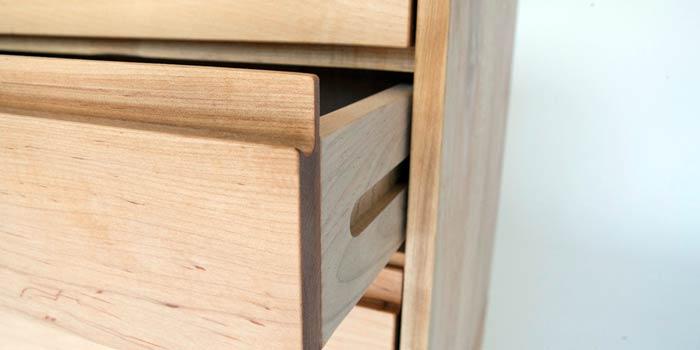 rel laci dari kayu