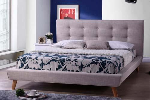 ranjang berlapis dan cozy